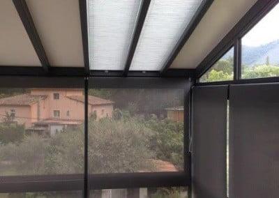 MME VERA rouleau microscreen en façade et duette en toiture
